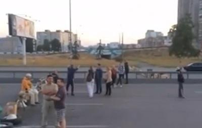 В Киеве предприниматели перекрыли проспект Бажана