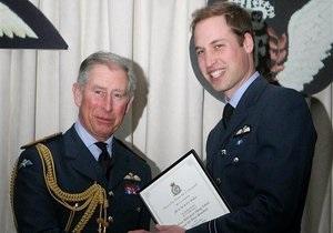 Принц Уильям получил лицензию пилота