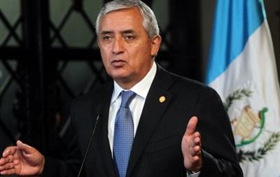 В Гватемале президента обвиняют в коррупции