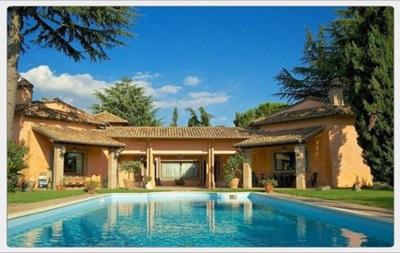 Форвард Ювентуса Тевес заплатил 1,5 миллиона евро за дом в Мадриде - СМИ