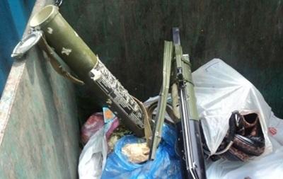 Жители Мариуполя нашли в мусорном баке гранатомет - СМИ