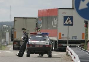 Власти Беларуси запретили гражданам выезжать за рубеж на авто чаще, чем раз в восемь дней
