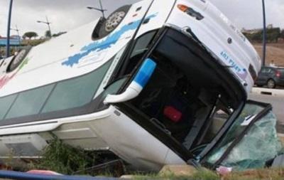 Автобус с болельщиками сборной Гибралтара попал в аварию
