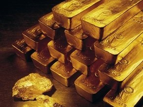 Рынок сырья: Нефть растет, золото продолжает снижение