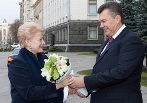 Сегодня в Украину приедут два президента