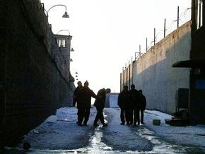 Экс-начальник Львовского СИЗО получил три с половиной года за избиение заключенных