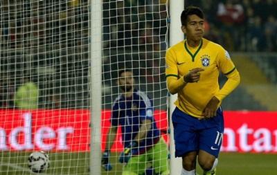 Бразилия вышла в плей-офф Копа Америка с первого места