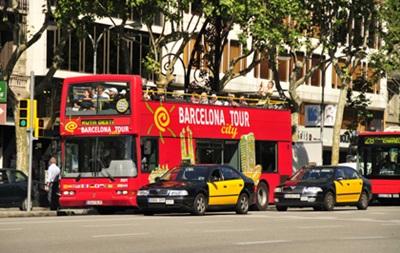 В Испании туристы угнали экскурсионный автобус