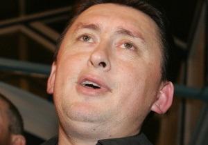 Мельниченко заявил, что дело против Кучмы превращает Януковича в  камикадзе