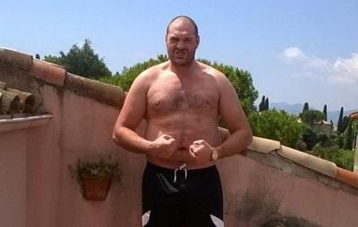 Еда, алкоголь и секс: Фьюри  заплыл жиром  перед боем с Кличко