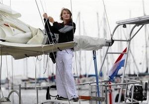 14-летняя жительница Голландии отправилась в кругосветное плавание