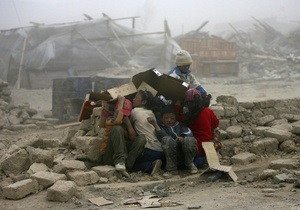 Жертвами землетрясения в Китае стали более двух тысяч человек