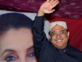 Президент Пакистана запретил смеяться над ним под угрозой тюремного заключения