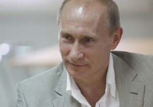 Путин носит фото семьи в бумажнике и не пользуется мобильным телефоном