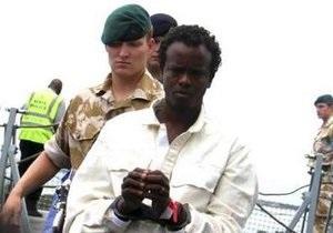 Французский фрегат взял в плен 12 сомалийских пиратов