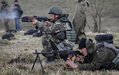 Сутки в АТО: обстрелы Дружбы, Песок и бои у Марьинки