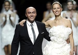 Умер известный дизайнер свадебных платьев Мануэль Мота