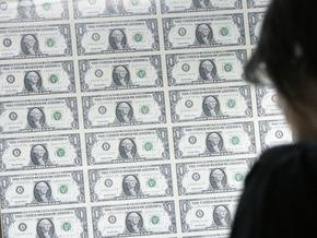 На межбанке долларом торгуют в диапазоне 7,98-8,08 гривен за доллар