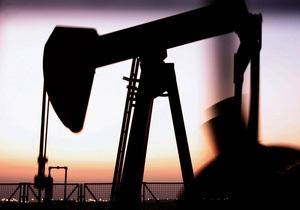 Мировые цены на нефть снижаются из-за проблем во Франции