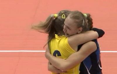 Украинские волейболистки завоевали серебро Универсиады