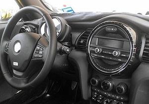 Журналисты выяснили, каким будет новое поколение MINI Cooper