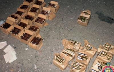 На Донбассе задержали волонтеров, перевозивших боеприпасы