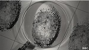 Казахстан может собрать отпечатки пальцев у всех граждан