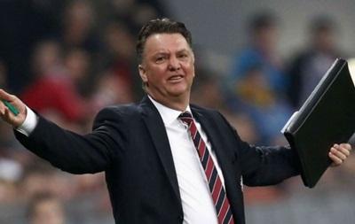 Манчестер Юнайтед надеется усилить еще две позиции