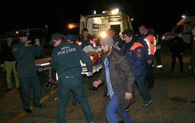 Микроавтобус упал в пропасть в Чечне: погибли 11 человек