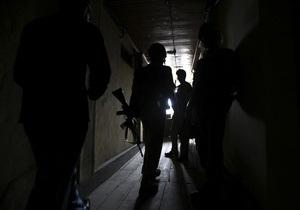 В Белгородской области вооруженный мужчина захватил заложницу