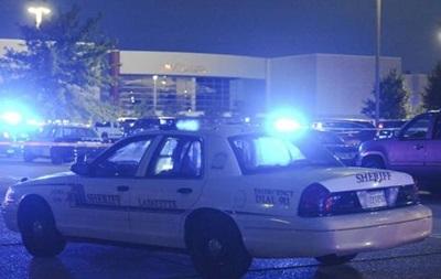 Посетитель кинотеатра в Луизиане открыл стрельбу, затем убил себя
