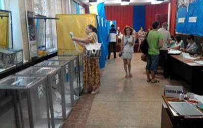 В ЦИК не зафиксировали существенных нарушений во время выборов в Чернигове