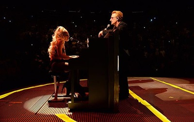 Леди Гага произвела фурор на концерте группы U2