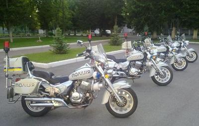 Киевские полицейские похвастались новыми мотоциклами