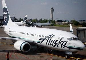 В США военные посадили пассажирский самолет из-за угрозы террористического захвата