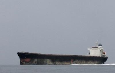 Под Николаевом арестовали четыре танкера с нефтью