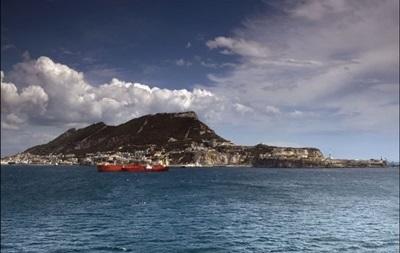 Великобритания обвинила Испанию в нарушении границ у Гибралтара