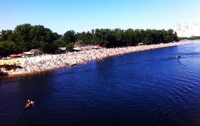 В Киеве закрыли шесть пляжей