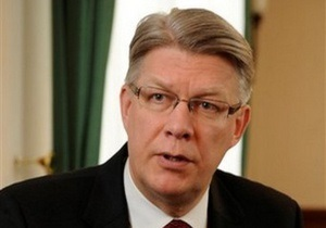 Президент Латвии не видит нацисткой идеологии в шествиях бывших эсэсовцев