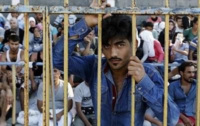 Около 1300 беженцев прибыли с острова Кос в Афины