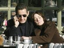 Саркози и Бруни живут порознь