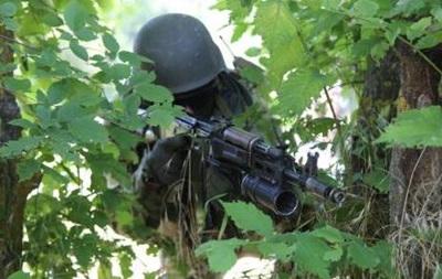 Пограничники заявляют об обстреле блокпостов Марьинка и Георгиевка