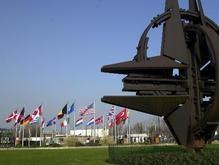 НАТО ждет от Украины формального обращения