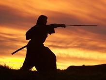 В Татарстане мужчина напал на жену с самурайским мечом