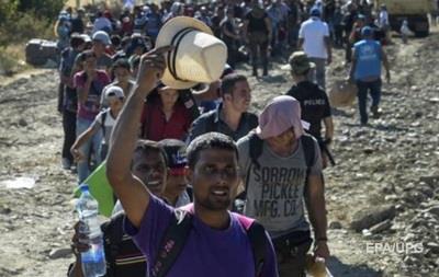 Македония вновь открыла для беженецев границу с Грецией