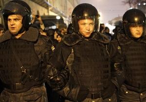 Московская полиция отпустила оппозиционеров, задержанных перед митингом на Лужниках