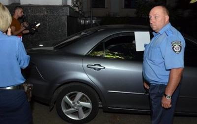 По авто замминистра образования стрелял пьяный милиционер - МВД