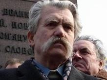 Левко Лукьяненко призвал Ющенко вспомнить ценности Майдана