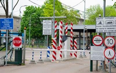 Страны Балтии планируют отгородиться от России забором