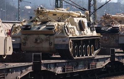 США в 2016 году начнут размещение тяжелых вооружений в Польше